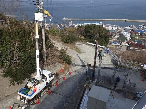 淡路調整池マイクロ水力発電所の引込線工事