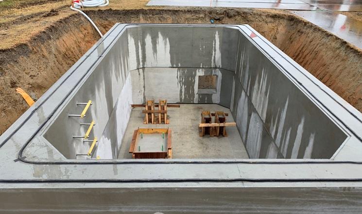 豊田市高岡配水場の地下ピット建設中