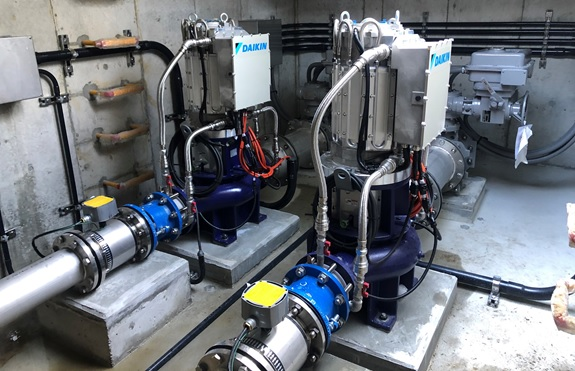 佐井寺配水場マイクロ水力発電所の発電機